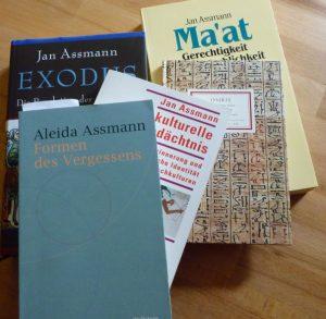 Unter Polianders Lieblingsbüchern: Bücher von Aleida und Jan Assmann