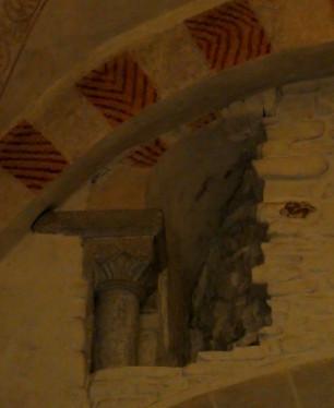Stiepel, freigelegtes Kapitell, oben, innen